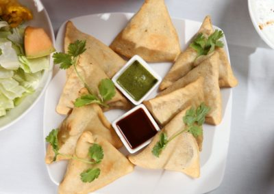 Food Gallery - Samosa with chutney Dana Mandi Indian Restaurant-Prince George (85)